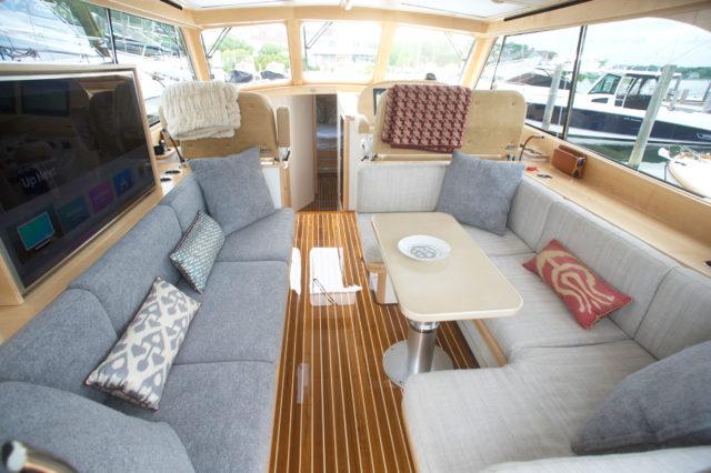 Hinckley Yachts Talaria 48 Oleese with Maple