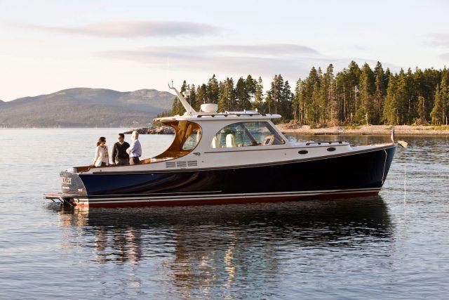 Hinckley-Yachts-Picnic-Boat-37