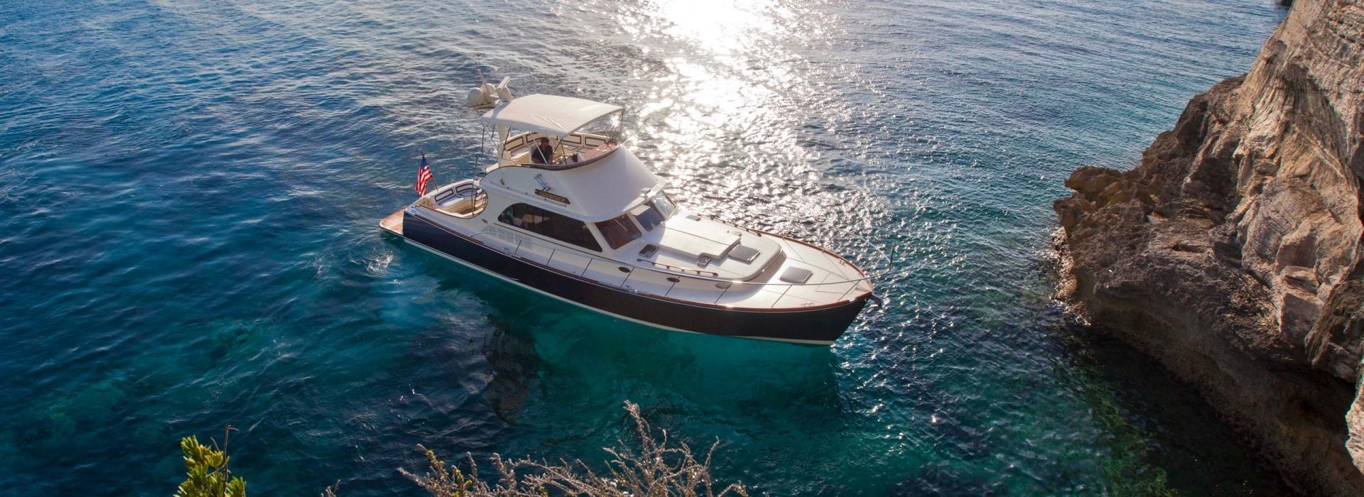 Hinckley Yachts Talaria 48