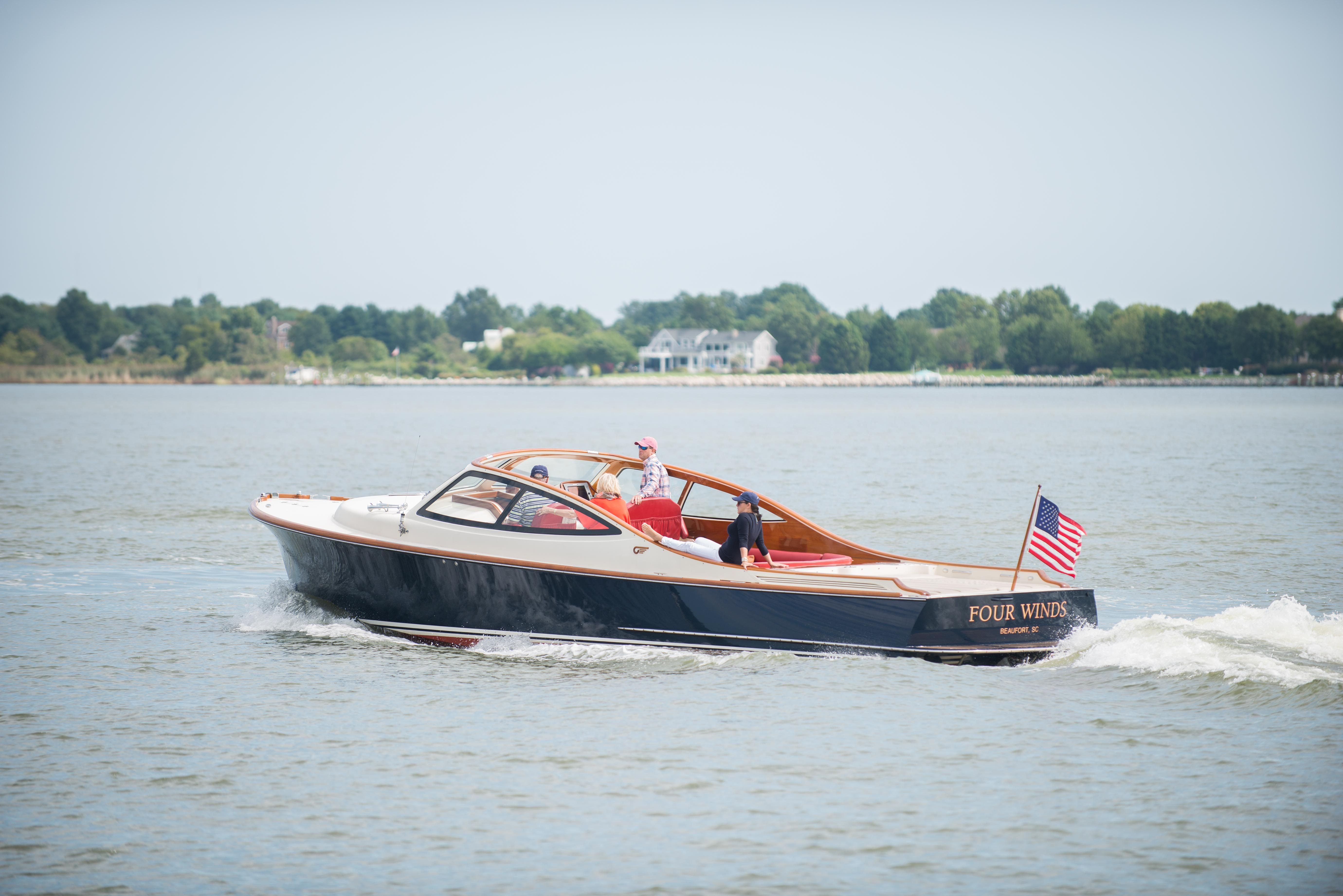Hinckley Yachts Runabout 38