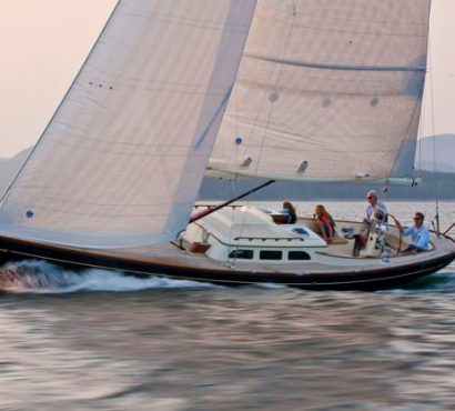 Hinckley Announces Acquisition of Morris Yachts