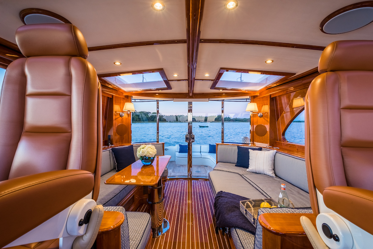 Talaria 55 Hinckley Yachts