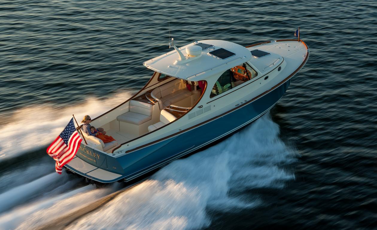 Picnic Boat 34 MKII   Hinckley Yachts