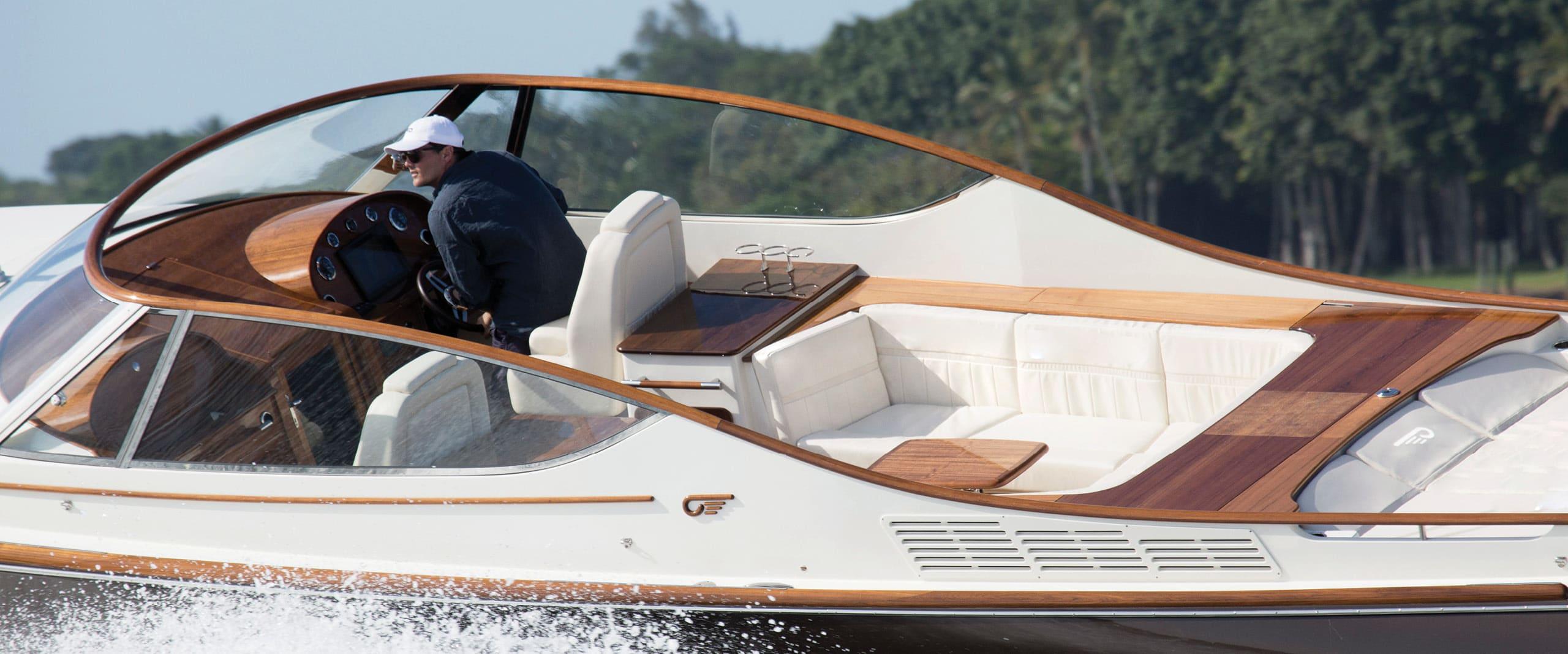 Hinckley Yachts Runabout 34