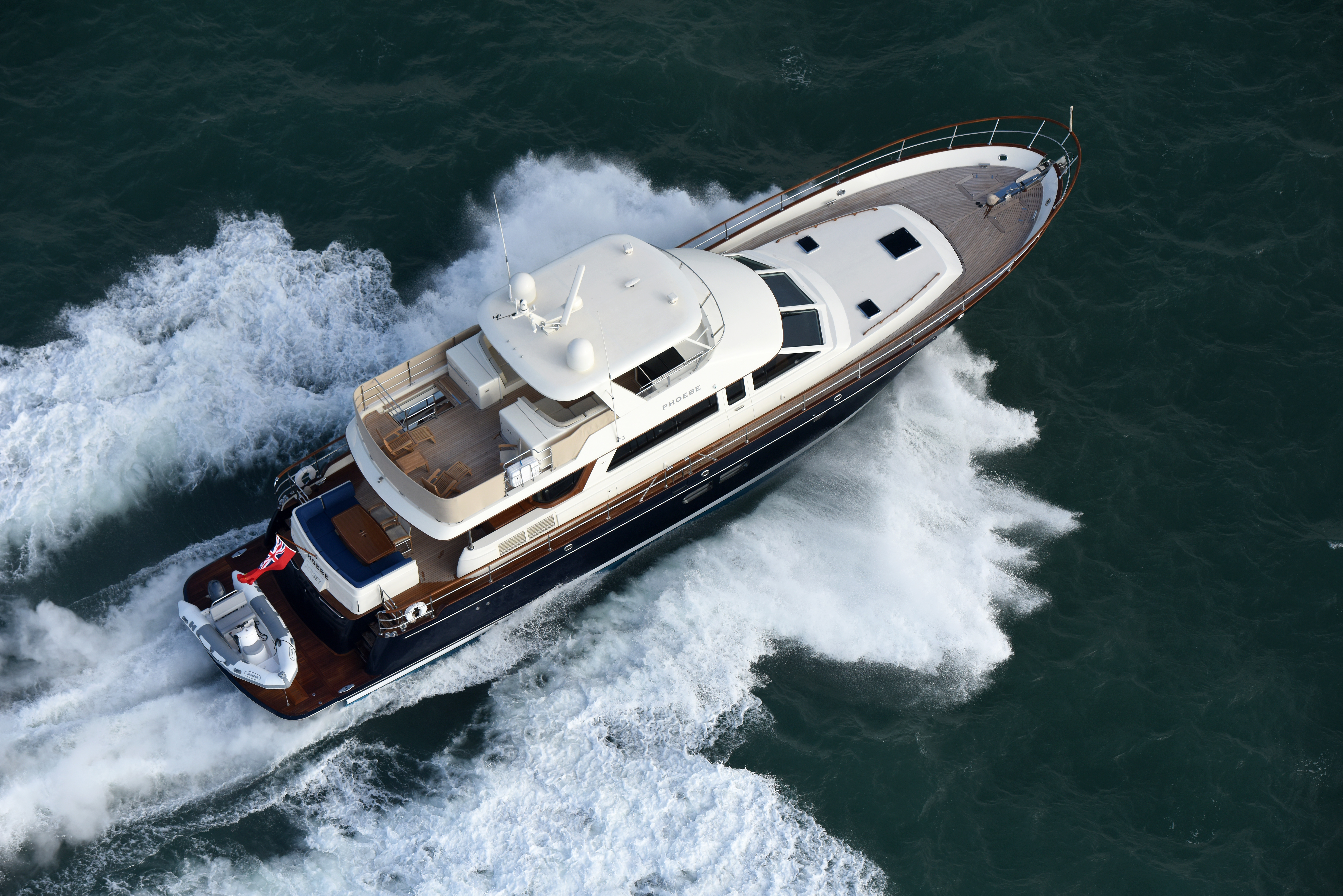 The Hinckley Company Unveils New Hunt Ocean 76 and 63 Fast