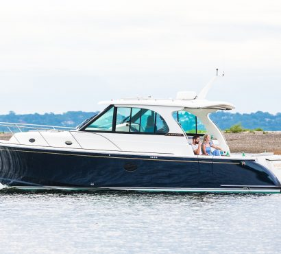 Hinckley introduces the Sport Boat 40x